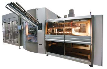 Sistema integrado de Sopro, Envase e fechamento para líquido não gasoso.